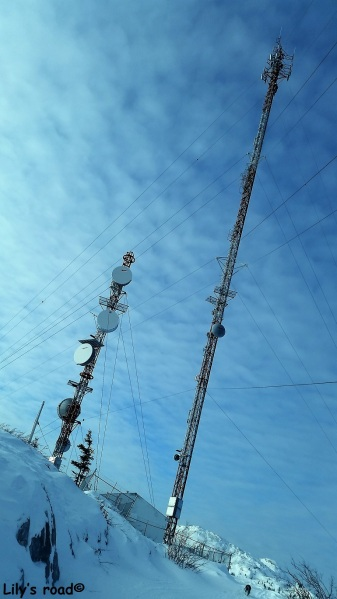 PVT Canada_Lily's road_Grey Mountain Road_Mars 17-Antennes